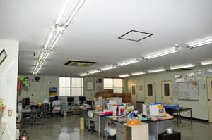 直管型LEDランプ